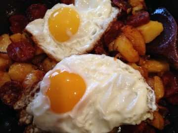 Potato and chorizo hash