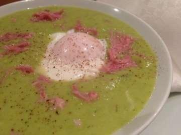 Pea, leek and ham hock soup