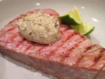 Char-grilled tuna with seaweed and wasabi mayonnaise