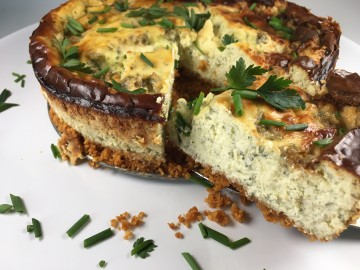 Blue cheese and herb cheesecake