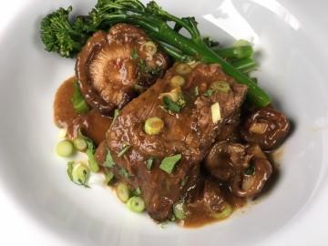 Teriyaki-braised short ribs of beef with shitake mushrooms