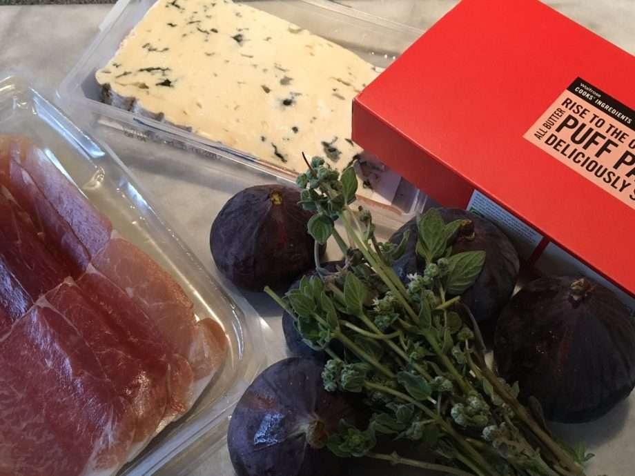 Fig and dolcelatte tartlets
