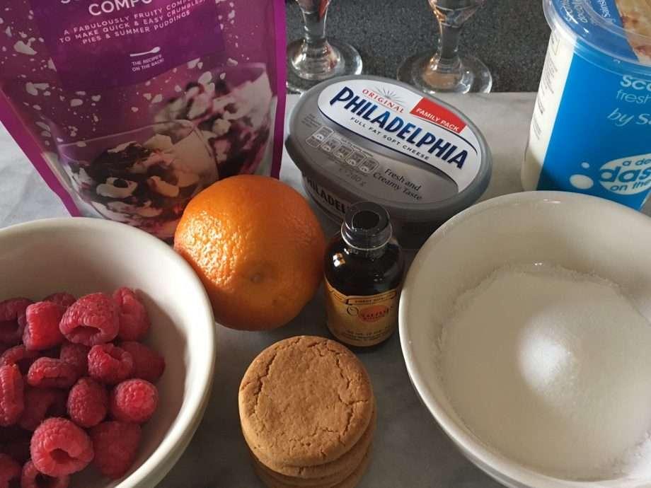 Berry cheesecake layer