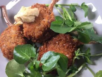 Crispy lamb chops with anchovy and garlic sauce
