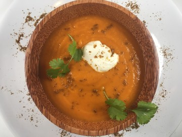 Sweet potato and tomato soup with ginger and cumin