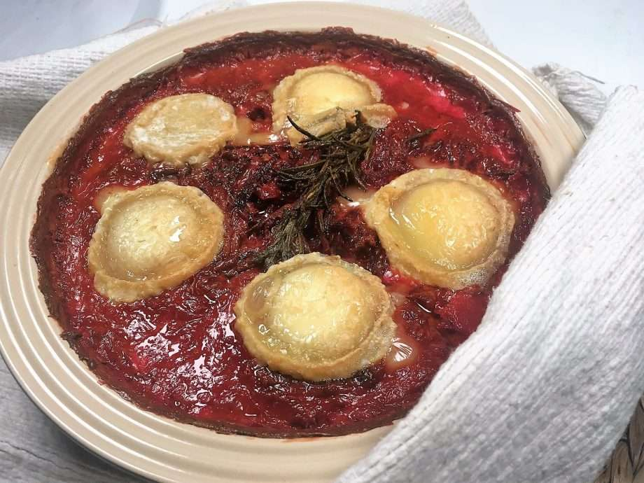 Beetroot and goat's cheese gratin