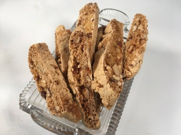 Caramelised nut and orange biscotti