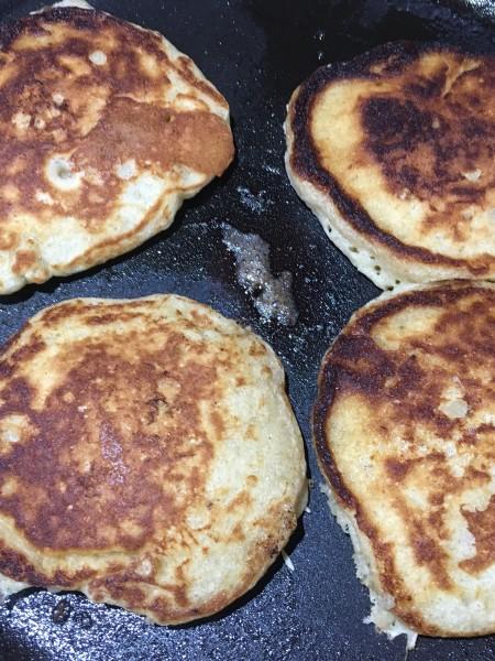 Banana and Buttermilk Pancakes