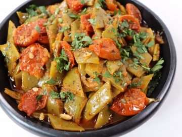 Runner Beans braised with Tomatoes and Harissa