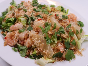 Thai-Style Pomelo and Prawn Salad
