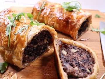 Sausage and Black Pudding Roll with Apple and Onion Marmalade